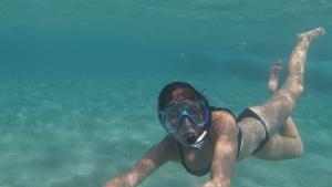 Melle simmar på