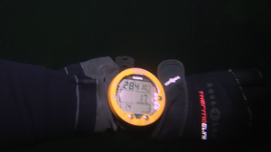 28 meter djup